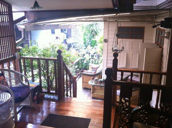 Baan Chantra: Terrace