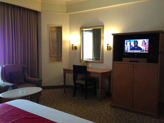 Indra Regent Hotel: indra junior suite room