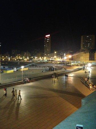 Hotel Neptuno: Vista desde la terraza del casino (a 200 mts del hotel)