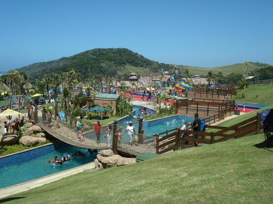 Wild Waves Water Park : the entire water park
