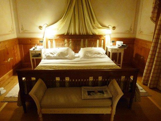 Cristallo, a Luxury Collection Resort & Spa: Superior Zimmer