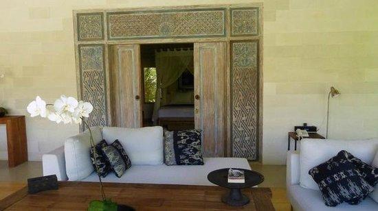 Villa Bali Asri Batubelig: une porte traditionnelle