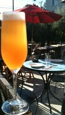 barbrix: Weekly prosecco cocktails & $5 bottomless mimosas for brunch