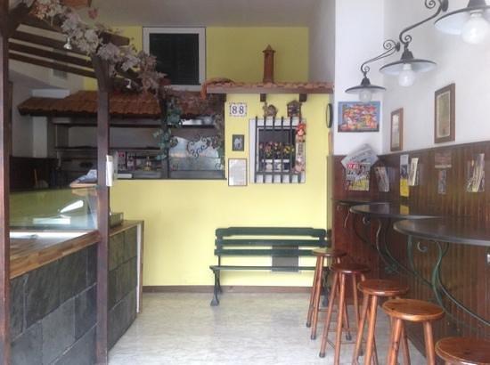 Pizzeria d 39 asporto antico borgo cogorno ristorante - Ristorante borgo antico cucine da incubo ...