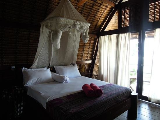 Le Sabot Bali / Beach Front Bungalows Padang Padang : Room with a balcony