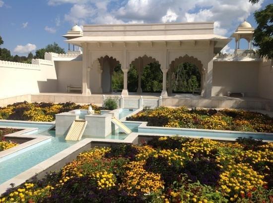 Ibis Hamilton Tainui : the Botanical Gardens