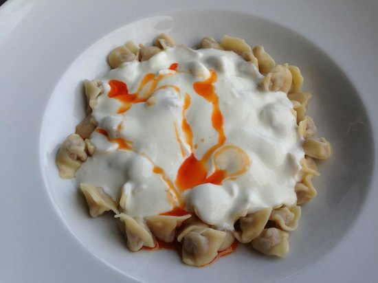 İstanbul Modern Cafe & Restaurant: Почему-то называются турецкие манты))