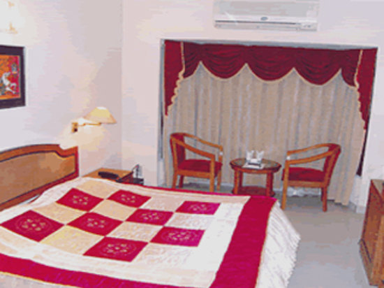 Smart Villa Hotel: STD ROOM