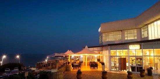 Grazia Fine Food & Wine: Night Views