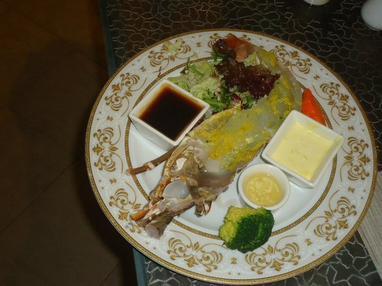 The Wok - Hotel Inter Continental Al Ain: Lobster delight!