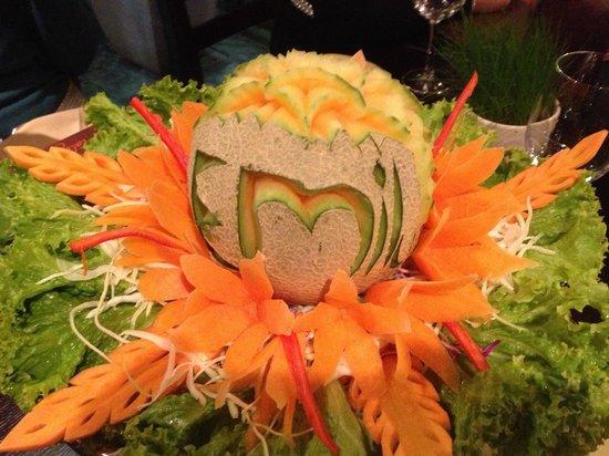 Malagor Fine Thai Cuisine: impressive carving