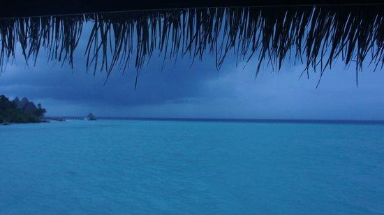 Anantara Kihavah Maldives Villas: Stunning sky