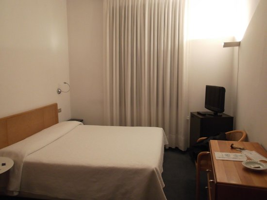 Hotel Accademia: The room