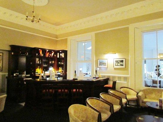 Newfield Hall: Bar
