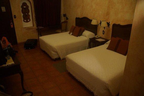 Hotel Las Farolas: chambre
