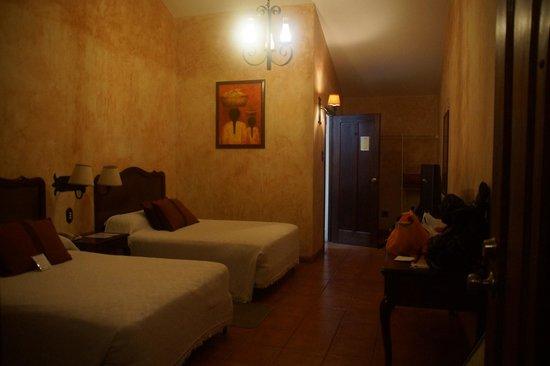Hotel Las Farolas: chambres