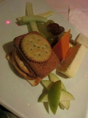 Napoleons Casino & Restaurant, Owlerton: cheese and biscuits