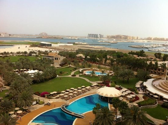 Le Royal Meridien Beach Resort & Spa: The garden, taken from my room!