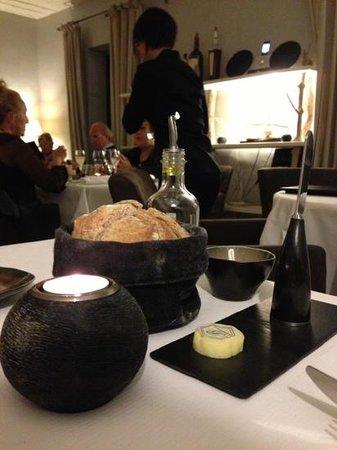La Petite Table : sala