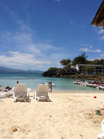 La Creole Beach Hotel: La plage