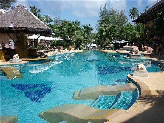 Print Kamala Resort: The pool