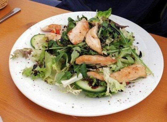 Restaurant Seekopf: Salad with Chicken
