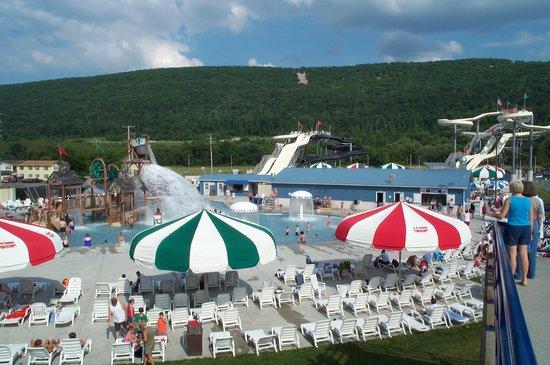 Tipton, PA: DelGrosso's Amusement Park Water Park