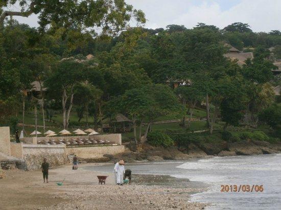 Aahh Bali Bed & Breakfast : nearby beach