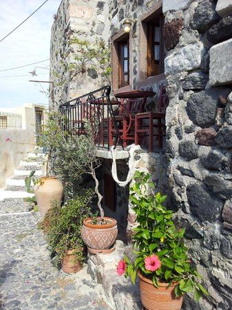 Pyrgos, Greece: Hidden little bar