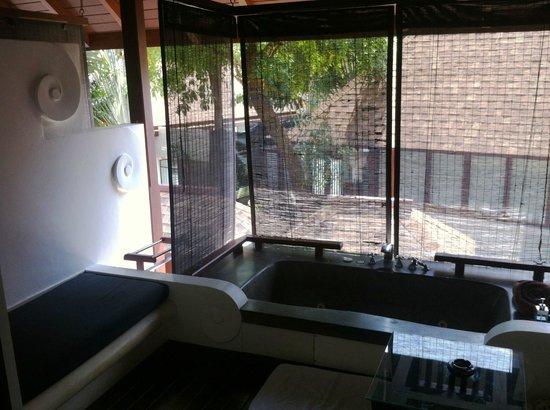 Pavilion Samui Villas & Resort: jaccuzi