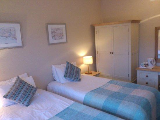 West Lulworth House: Bedroom