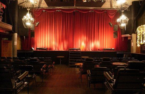 Backstage Hotel Vernissage : Kino