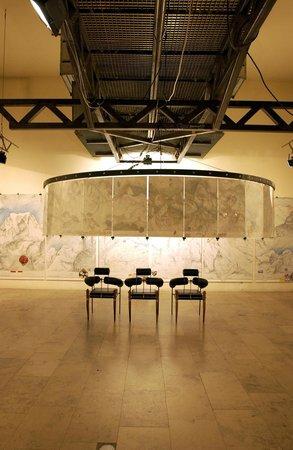 Backstage Hotel Vernissage : Art Gallerie