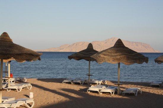 Baron Resort Sharm El Sheikh: tiran island view