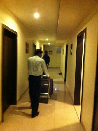 Regal Hotel: corridor