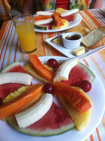 Hotel Mar de Luz: Breakfast