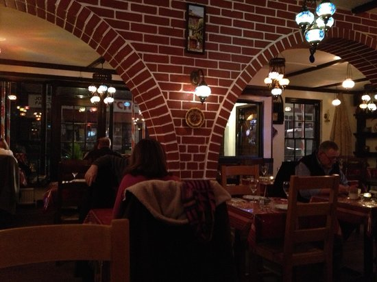 Karma Mediterranean Grill & Bistro: Restaurant