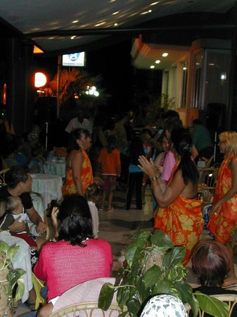 Hotel Aurora: festa a tema per la serata romagnola
