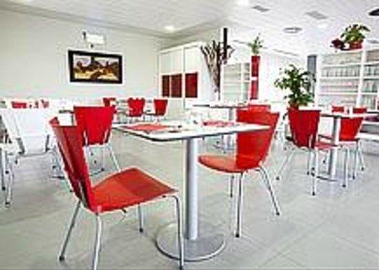 Restaurante Villa de Los Arcos: RESTAURANTE  PAX  100