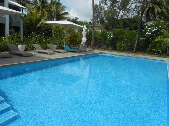 Mon Choisy Beach Resort: piscine