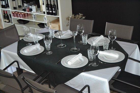 Dovela Restaurante: mesa para 6