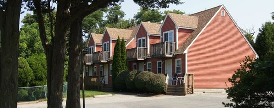 Blue Spruce Motel : Town Houses