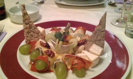 Unirea Hotel & SPA : Cheese Platter
