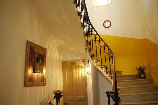 Maison Velvet : Stairs