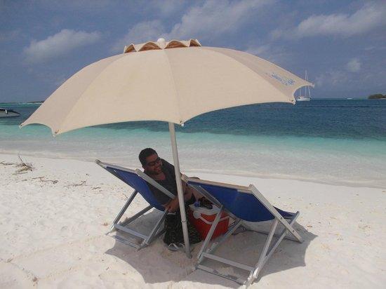 Posada La Cigala: Serviço de praia