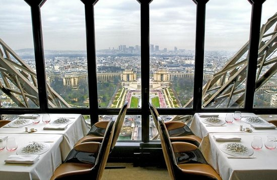 Photo of French Restaurant Le Jules Verne at Avenue Gustave Eiffel, Paris, France