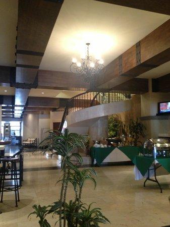 Hotel Presidente: Lobby ...