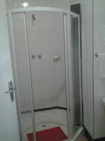 Sun n Sand Holiday Resort: the bathroom