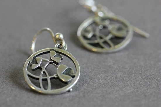 DeLong Studio: Circle Flower Earrings