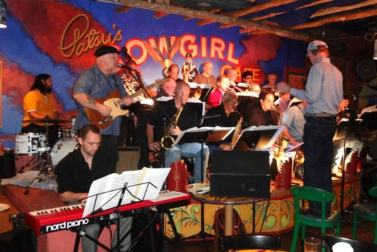 Patsy's Cowgirl Cafe: Guitar Legend Redd Volkert sitting in